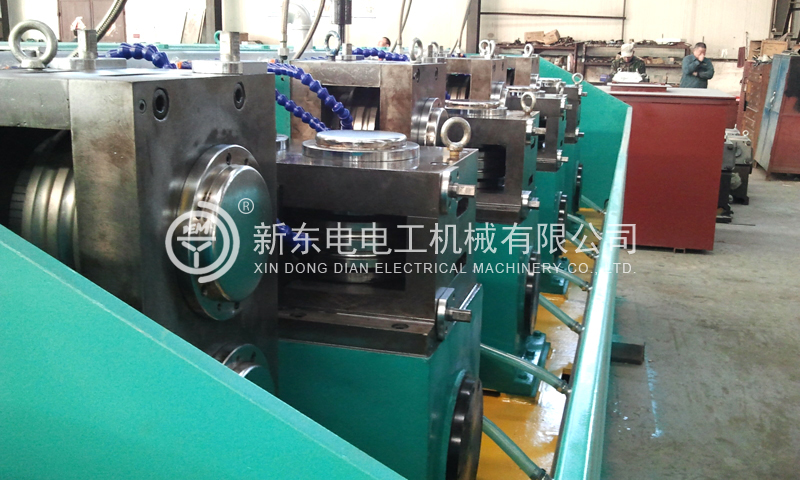 Two-roll cold rolling mill